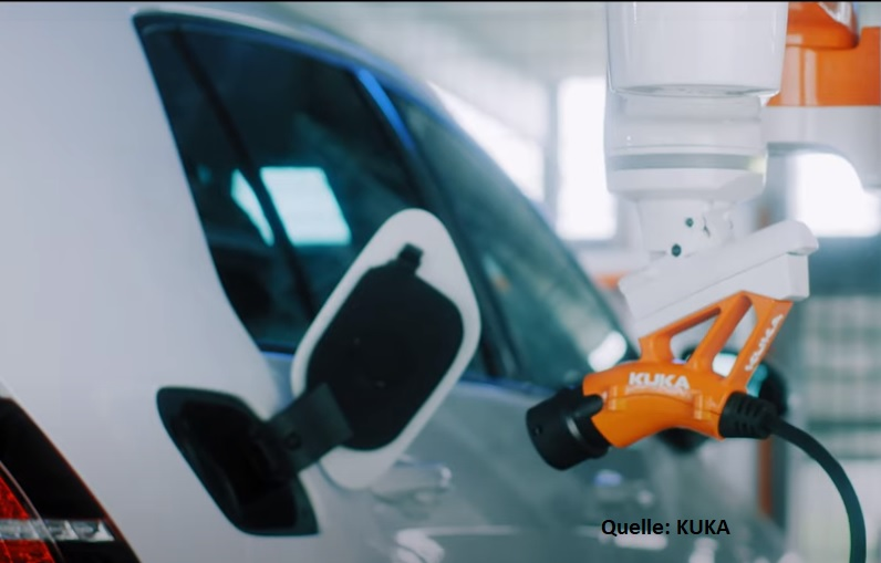 KUKA Roboter automatisiertes Laden von Elektroautos über Carla_Connect
